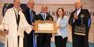Bakan Arslan'a PRÜ'den Fahri Doktora ünvanı