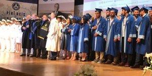 PRÜ'de iki Bakanla mezuniyet töreni