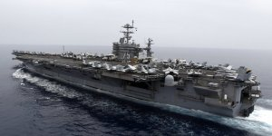 Harry Truman uçak gemisi yeniden Akdeniz'e döndü