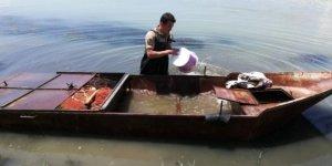 Kaçak avcılıkta kullanılan kayığa el konuldu