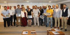 Denizci gazeteciler ödüllerini aldı