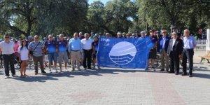 Ören'de Mavi Bayrak dalgalanmaya devam ediyor