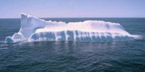 Manhattan büyüklüğünde buz dağı koptu