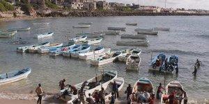 Somali'de meçhule demir alan balıkçılar