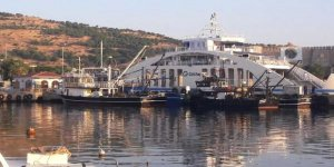 Bozcaada'da trol teknelerine operasyon