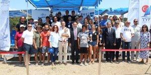 Rüzgar sörfü Türkiye liginde Ayvalık rüzgarı esti