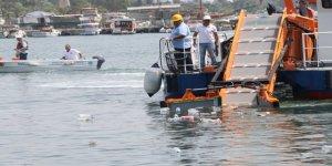 Mersin'de 5 ayda denizden yaklaşık 500 ton çöp çıktı