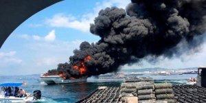 İspanya'da yolcu gemisi alev alev yandı