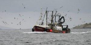İki balıkçı teknesi çarpıştı: 3 denizci kayıp