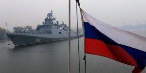 Rus gemisindenABD denizaltısına Akdeniz'de sıcak takip