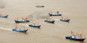 Yasa dışı balık avlayan Çin gemisi yakalandı