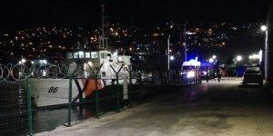 Alabora olan tekneden 5 kişiyi Sahil Güvenlik kurtardı!