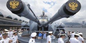 Rusya'dan Akdeniz'de donanma hamlesi