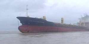 Hayalet gemi karaya oturdu