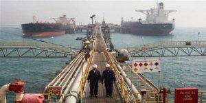 İran, petrol ihracat limanını Umman Denizi'ne naklediyor