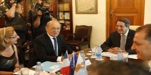 Fransa savaş gemileri de Kıbrıs'a yerleşiyor