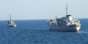 Ukrayna gemileri Rus karasularında