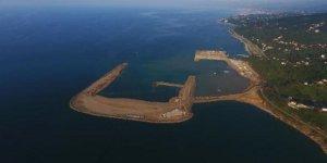 Denize günde 80 bin ton taş dökülüyor