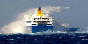 Yunanistan'da gemi seferleri iptal edildi