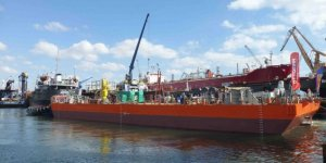 Yerli imalat Jack-up platform denize indirildi