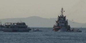 Tutuklu geminin mürettebatı zorda