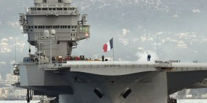 Fransız uçak gemisi Güney Çin Denizi'ne gidecek
