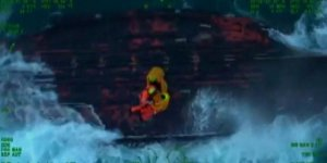 Tekneleri alabora olan balıkçılar kurtarıldı