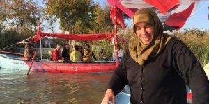 Balıkçı kadınlar artık turist gezdiriyor