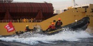 Gemide alıkonan Greenpeace aktivistleri serbest