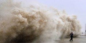 Usagi Tayfunu'nda 46 gemi hasar gördü
