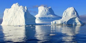 Grey Buzulu'ndan yine buzul koptu
