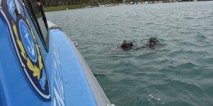 Kurbağa adamlara Karadeniz'de zorlu eğitim