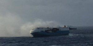 Pasifik Okyanusu'nda yanan gemide 3 denizci öldü