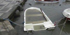 Silivri'de tekneler yağışa dayanamadı