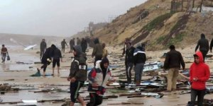 Mısır balıkçı teknesi Gazze'ye sürüklendi
