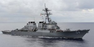 ABD savaş gemileri Tayvan Boğazı'nda