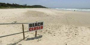 Avustralya'yı kasırga vurdu, plajlar kapatıldı