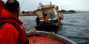 Teknede mahsur kalanları DAK-SAR kurtardı