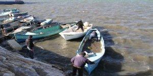 Balıkçılar, ekmek tekneleri için seferber oldu