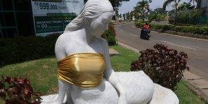 Endonezya'da deniz kızı heykellerine sansür