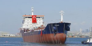 RMK Marine T. Elinor'u denize indirdi