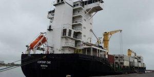 Korsanlar gemiyi soyup mürettebatı kaçırdılar