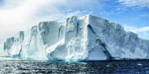 Antarktika'da buz tabakası parçalandı