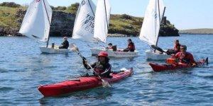 İzmir'den Çanakkale'ye kanoyla 'barış' yolculuğu