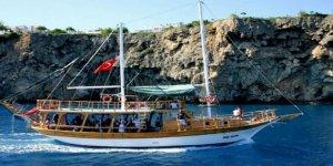 Yunanistan'dan Türk teknelerine garip ceza!
