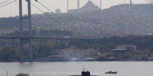 Rus denizaltı, Boğaz'dan geçti