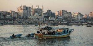 İsrail Gazze'de avlanma mesafesini düşürdü