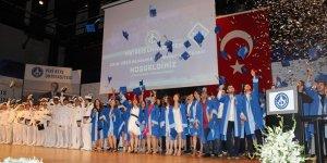 Piri Reis Üniversitesi'nde mezuniyet heyecanı