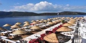 Halk plajında şezlonglar artık ücretli oldu