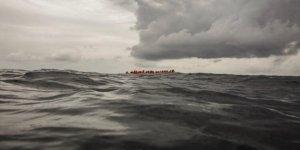 Batan tekneden 71 düzensiz göçmen kurtarıldı